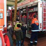 Klasse 3a und 3b besuchten im November die Feuerwehr Hochdorf